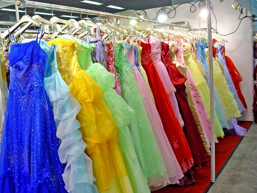 colorful_wedding_dresses