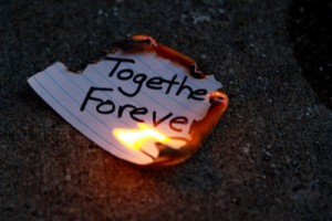 broken-heart-burn-fire-forever-paper-Favim.com-244407