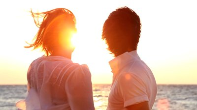stock-footage-happy-couple-watching-the-sunset
