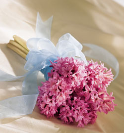 hyacinth-wedding-bouquets-4